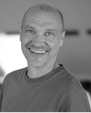 Samuel Svartvit